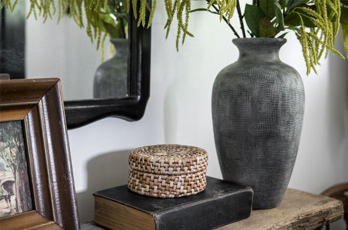 Gray found vase and small round basket