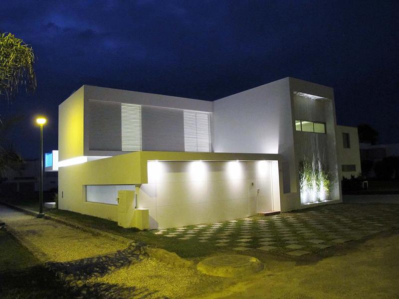 Modern Beach House Peru Overhang Pool Casa Playa Blanca Ecke Architects