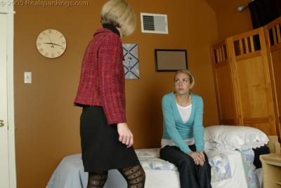 spank mom Daughters