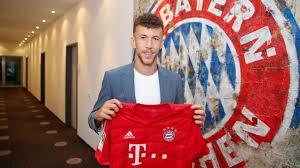 """CHÍNH THỨC: Bayern Munich ký hợp đồng với """"niềm mơ ước"""" của Mourinho."""