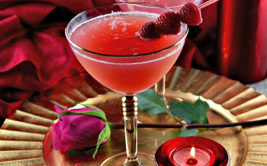 Berry Kissable Cocktail #valentine #drinks