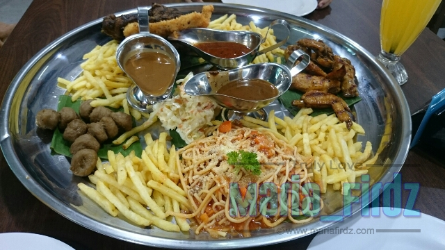 JJCM | Menikmati Western Dulang Di Restoran Nasi Ayam Gulai Kawah
