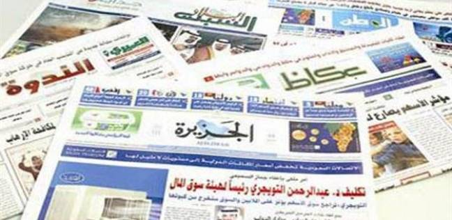 الصحافة السعودية تسخر من البشير وتشيد بالشعب السوداني.