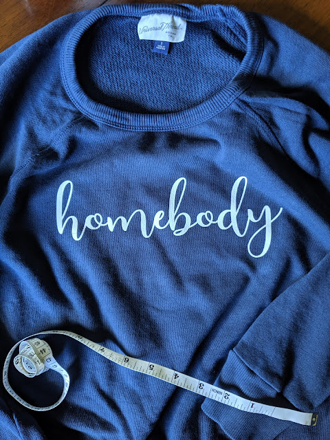 Cricut Craft -Homebody Sweatshirt | www.kristenwoolsey.com