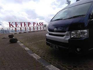 Sewa Mobil Hiace Semarang