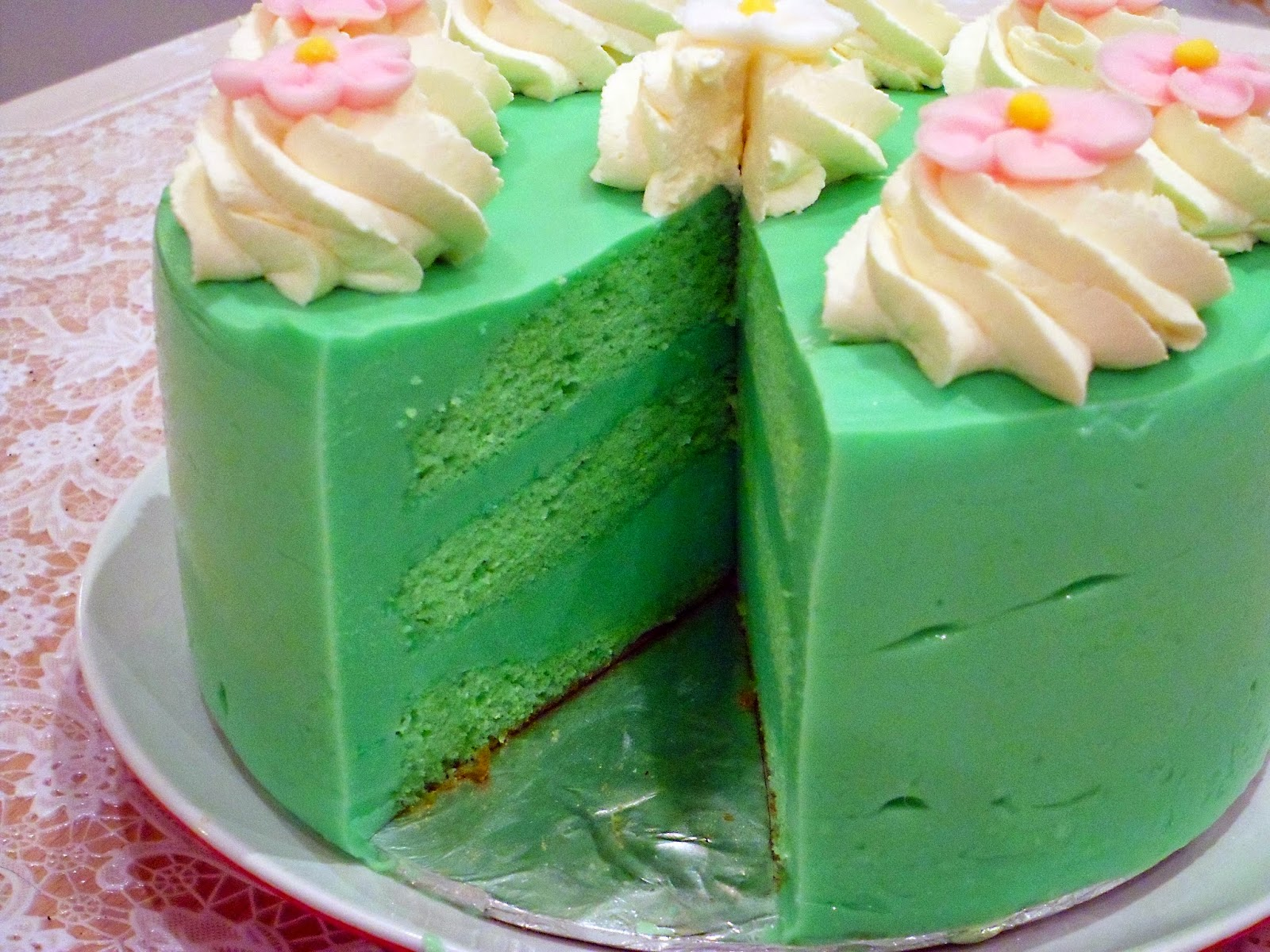 Pandan Cake Jelly Recipe: This Year's Birthday Cake: Pandan Kaya Cake