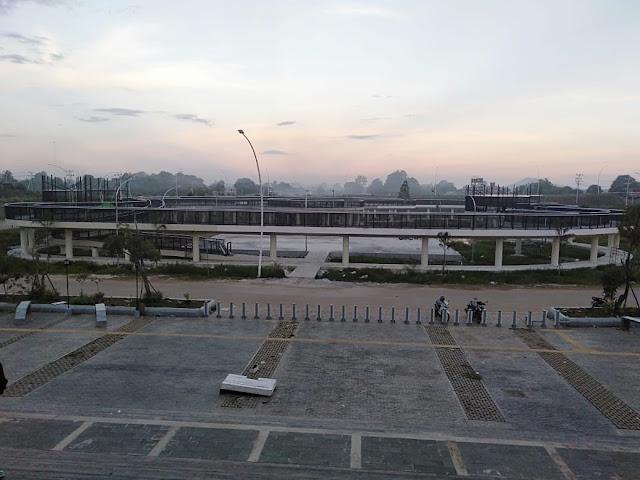 Rest-Area-Bundaran-Jembatan-Tayan