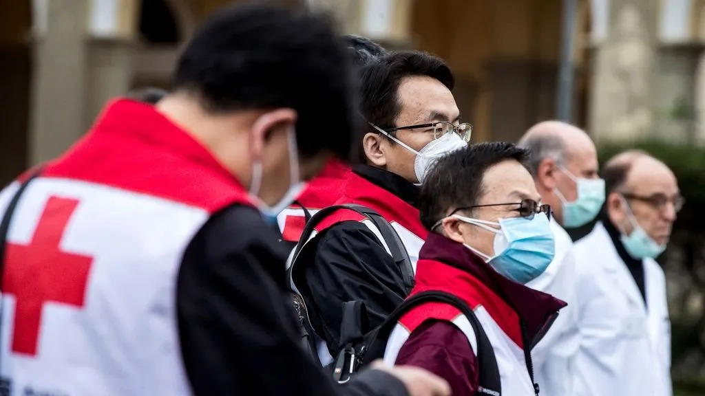 """Italia podría dejar morir a los pacientes mayores de 80 años afectados por coronavirus: """"Es como la guerra"""""""