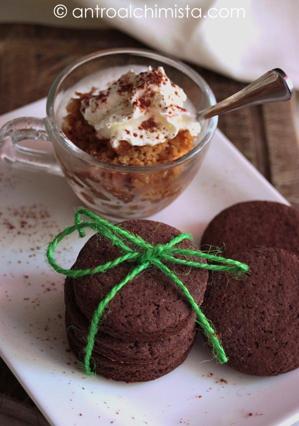 Granita di Caffè con Biscottini al Cacao e Peperoncino