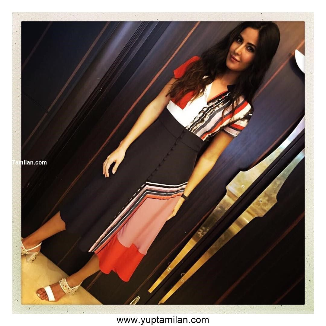 Katrina Kaif Sexy Selfie