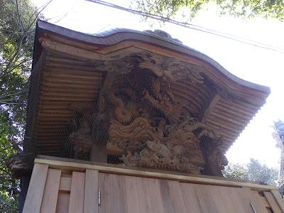 御机神社 末社『神明社・稲田社』 龍の木彫り