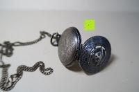 """Gehäuse: AWStech Vintage """"one piece"""" Schädel Skelett Skull Quarz Tachenuhr Pocket Watch mit Halskette, Big Size, Beste Willkommen Geschenk"""
