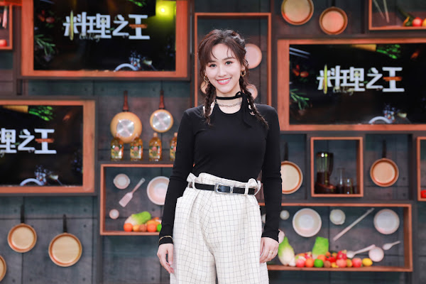 Sandy吳姍儒擔任料理之王飛行導師