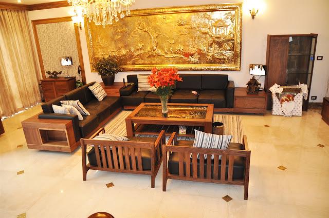 huong-dan-ve-sinh-sofa-go-dung-cach-3