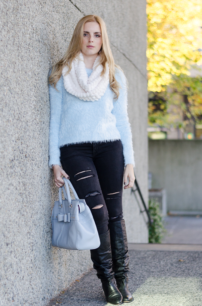 light blue knit fuzzy forever 21 sweater