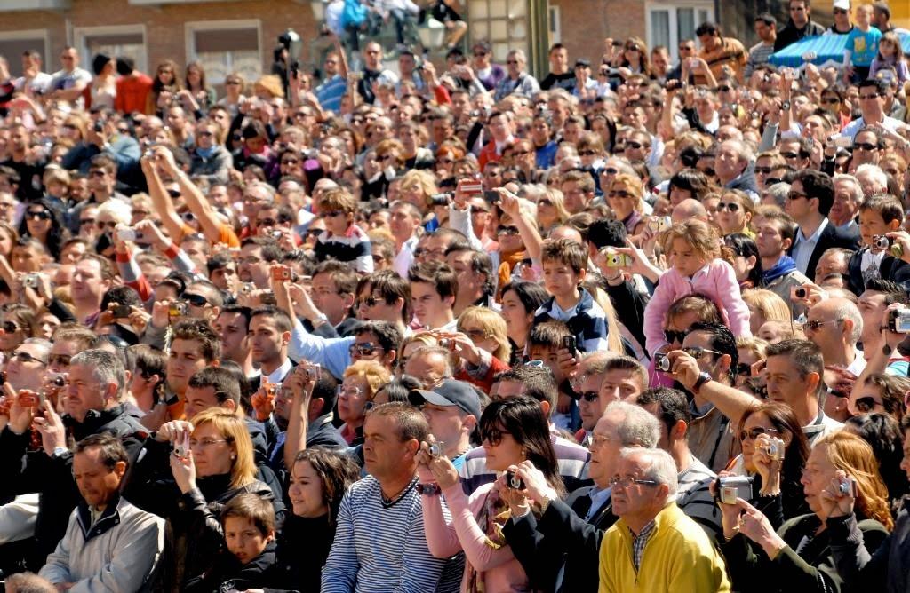La semana Santa, Malaga, Spanje, een miljoen toeschouwers, grootste evenement in Malaga, processies, heigenbeelden, Maria-en Christustronen, De Goede Week, Cristo de Nazareen, broederschappen