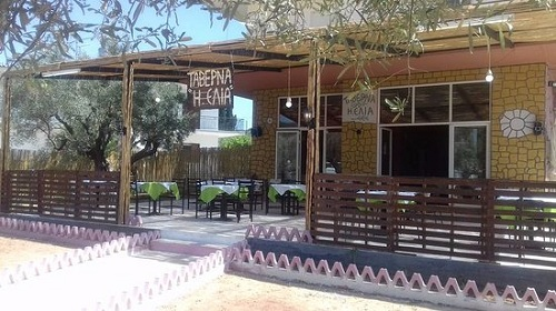 Πρωτοβουλία για έπαινο: Ταβέρνα στο Ναύπλιο προσφέρει δωρεάν φαγητό σε οποιον έχει ανάγκη