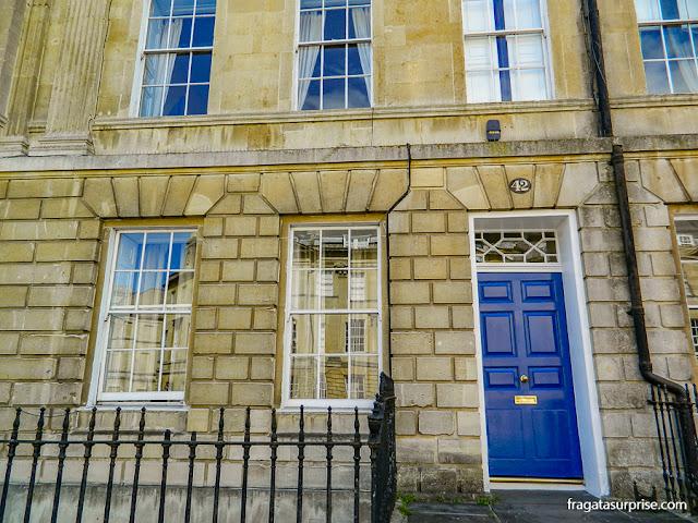Fachada georgiana em Grand Pulteney Street, Bath, Inglaterra