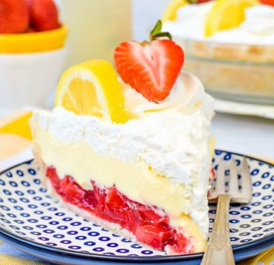 LEMON CREAM STRAWBERRY PIE #desserts #cake