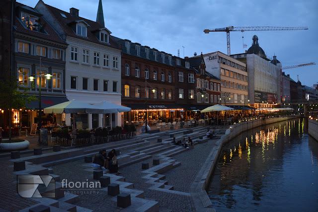 Restauracje nad rzeką w Aarhus - Top atrakcje turystyczne w Aarhus w Danii w Jutlandii. Co warto zobaczyć w Danii