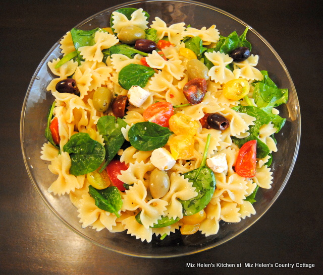 Heirloom Pasta Salad at Miz Helen's Country Cottage