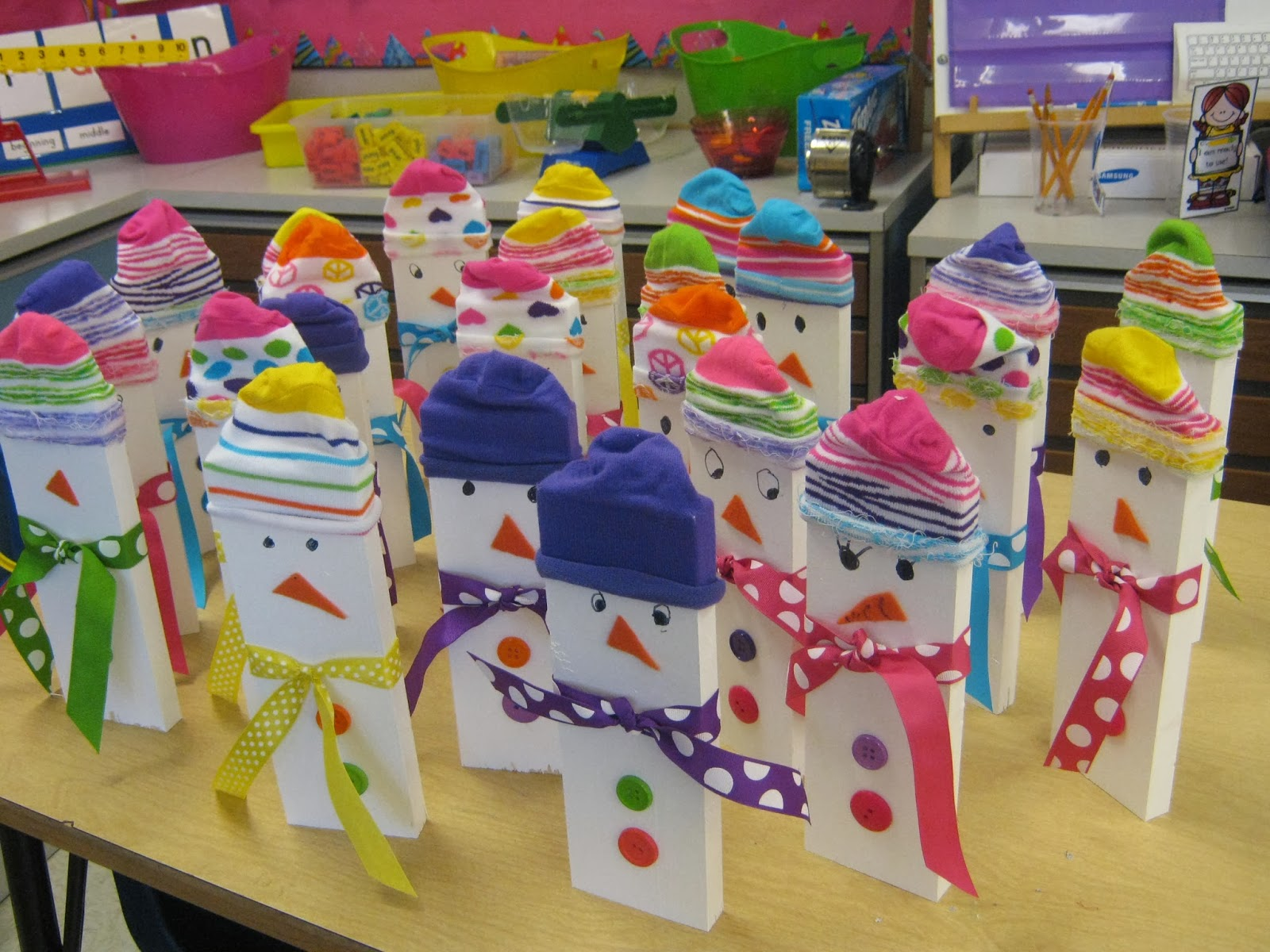 1st Grade Hip Hip Hooray!: Santa's Little Helpers