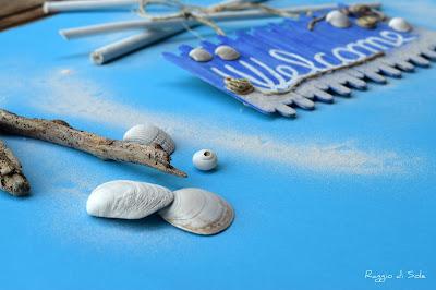 Fuoriporta con riciclo stecchi del gelato blue