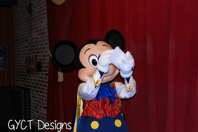 DIY Disney Autograph Book and Printables