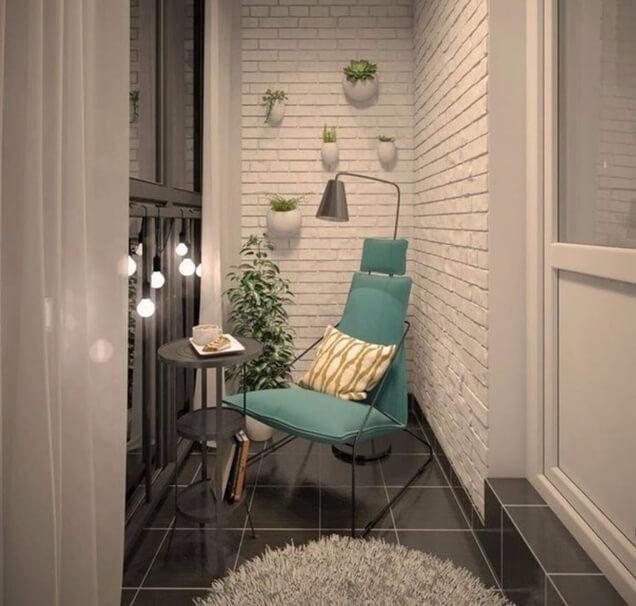 Espaço para leitura na varanda
