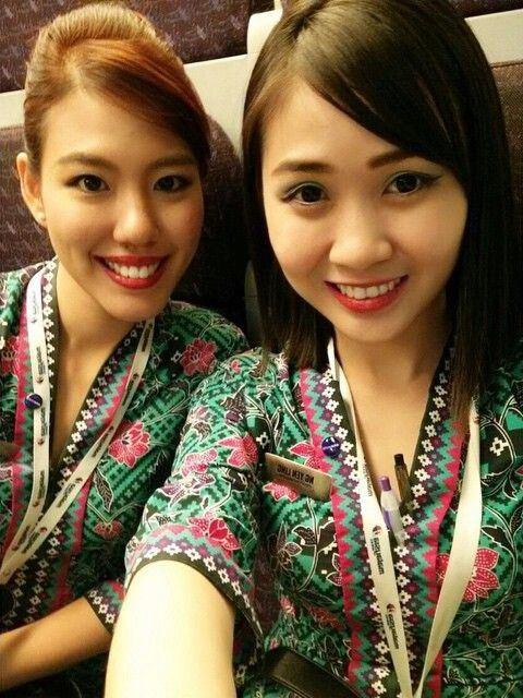 Malaysia Airlines stewardess crewfie @euniceknx