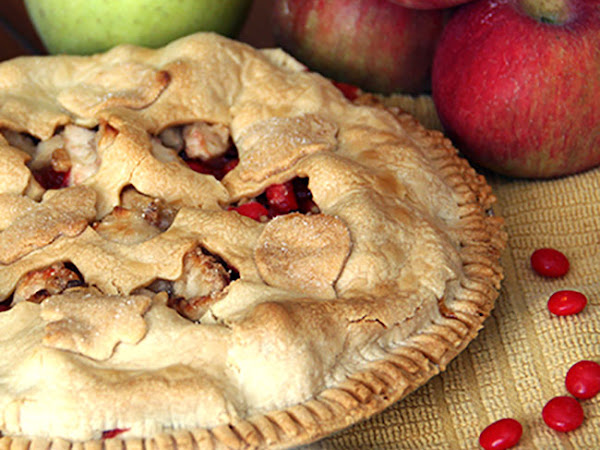 Candy Apple Pie and Some Delectable Desserts for Fall