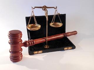 Penggolongan (Klasifikasi) Hukum Menurut Ruang-Wilayah Berlakunya (CC0 Pixabay)
