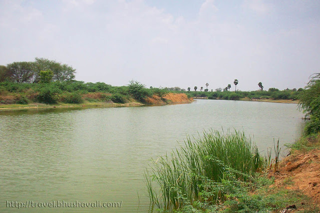 Paramathi Velur Temple Thirumanimutharu River, a tributary of Cauvery