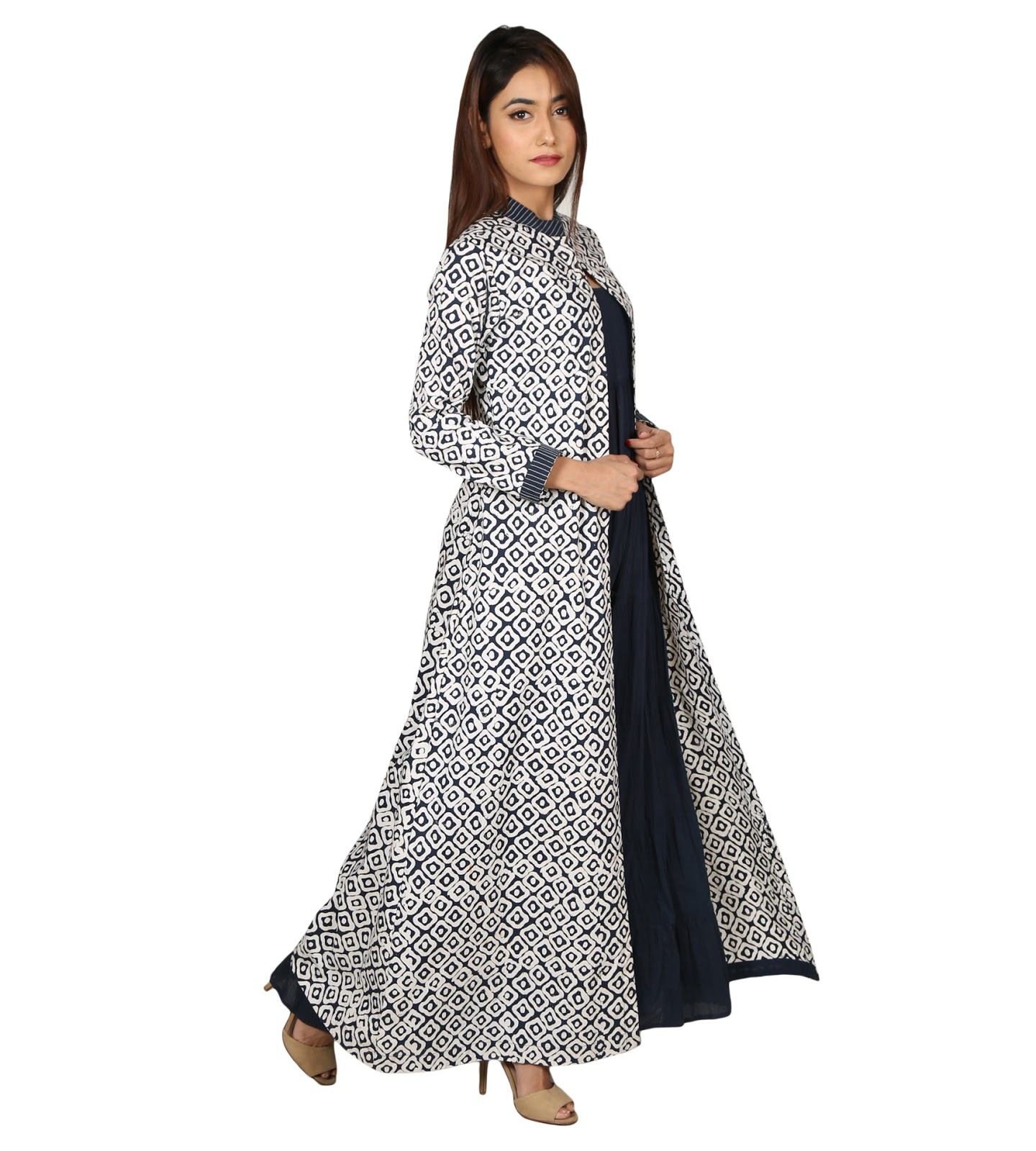 7 for women s kurtis cape styles latest fashions tips for Floor length kurti