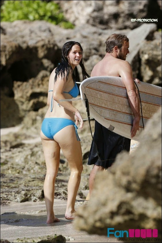 300fc688c5c7a ... spotted in Hawaii Beach with her body guard. Jennifer Lawrence was  wearing a hot light blue bikini and having water sport fun with her  bodyguard, ...