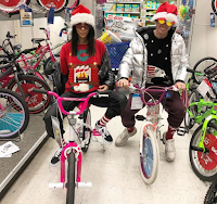 The 38-year-old star is preparing for a shopping mall to celebrate the occasion. Kourtney appeared in a number of photos that bore the light of a bicycle while wearing a Santa Claus hat. A close friend of hers, a Harry Hudson