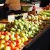 Χειροπέδες σε πλανόδιο μικροπωλητή χωρίς άδεια στην Ξάνθη - Κατασχέθηκαν 266 κιλά φρούτων