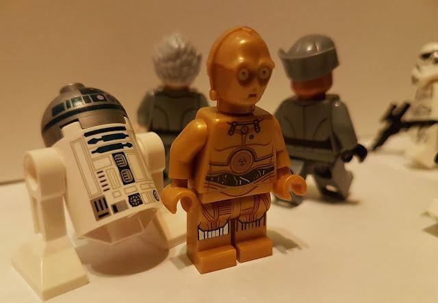 дроиды R2-D2 и C-3PO
