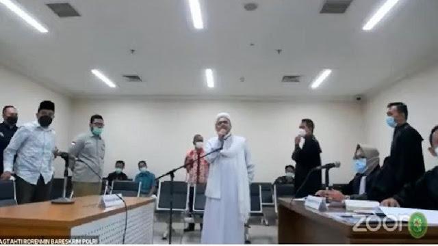 Drama Eksepsi Rizieq Terlalu Mengada-Ngada