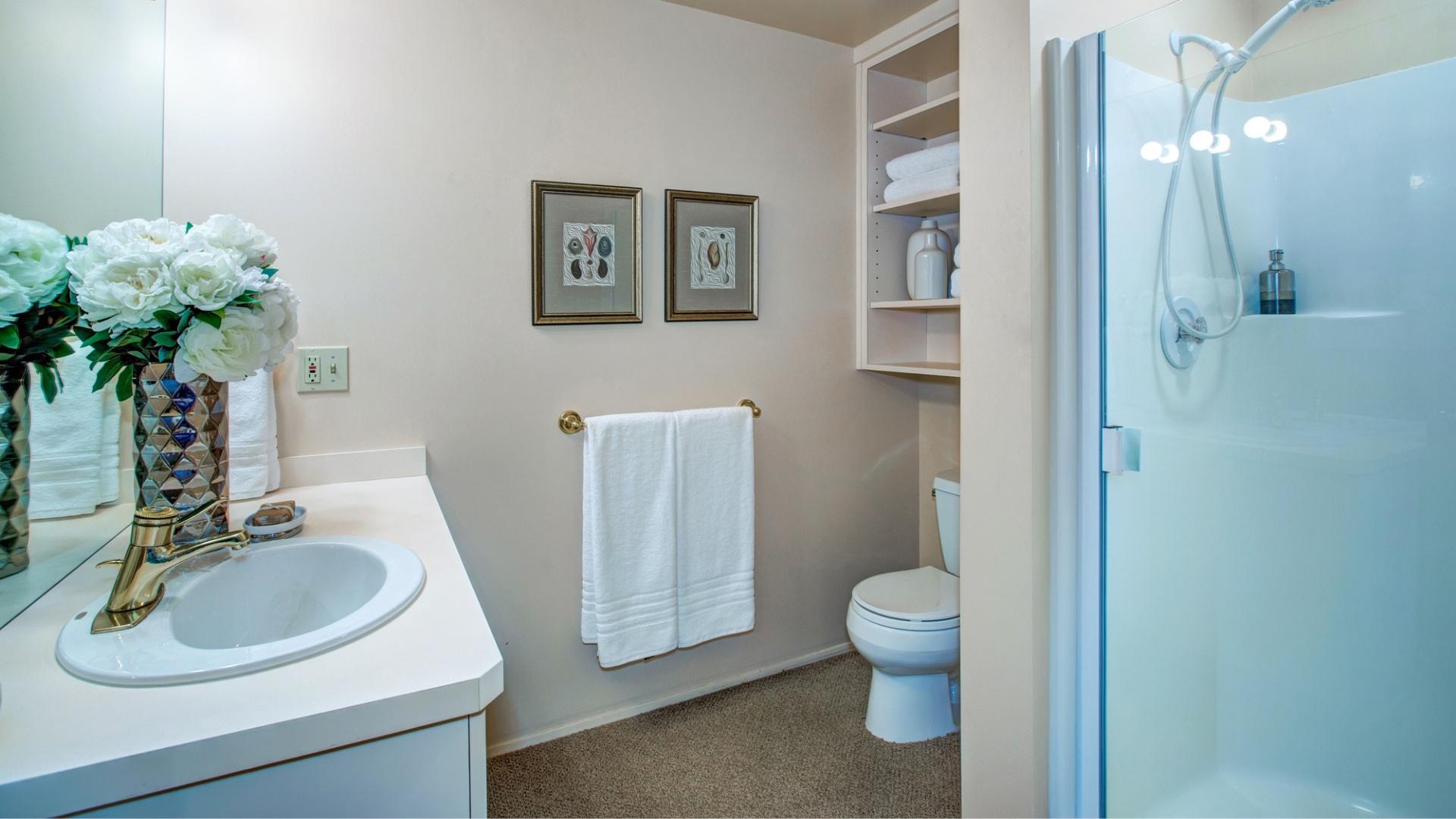 modern aspects of custom bathroom remodeling