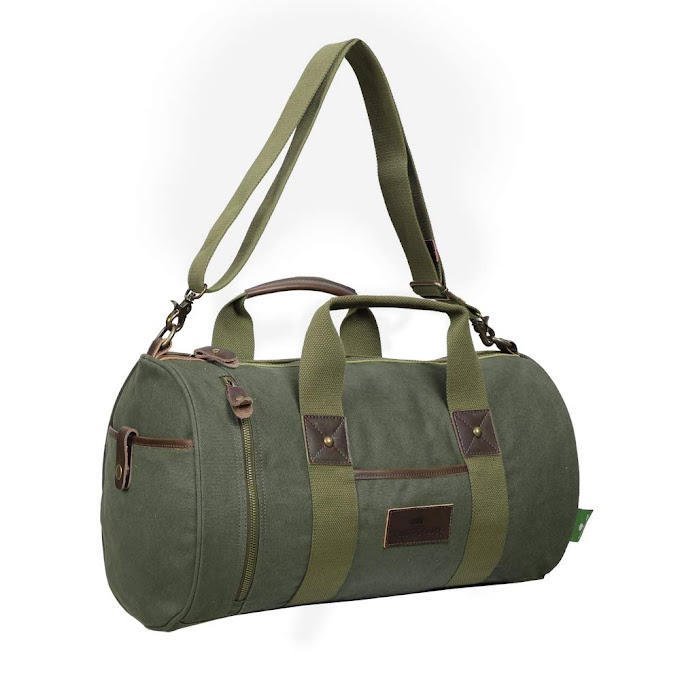 AMAZON - 30% off Canvas Duffel Bag