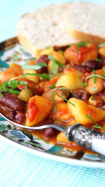 mix warzywny z chili rolnik,dania jednogarnkowe,zupy na jesień,najelpszy blog kulinarny,fasolka po bretońsku,pyszne dania na obiad,z kuchni do kuchni,