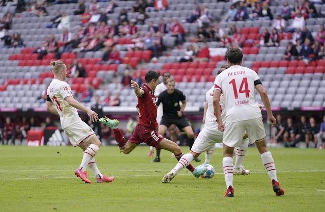 ملخص واهداف مباراة بايرن ميونخ وكولن (3-2) الدوري الالماني