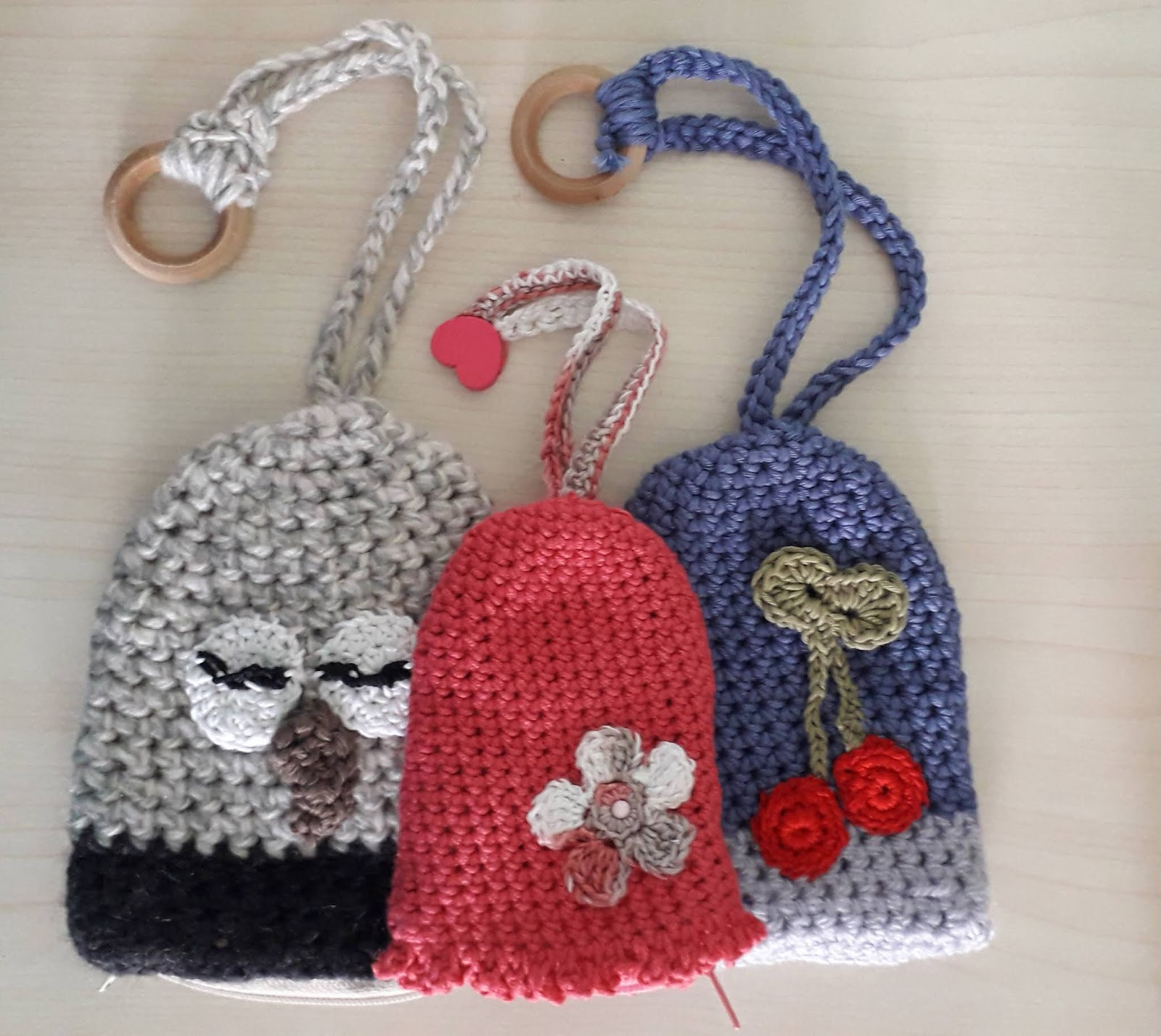 hight resolution of all those three key cover were made with the same pattern too the pink is made out of super soft baby cotton using 3mm crochet hook the blue was made
