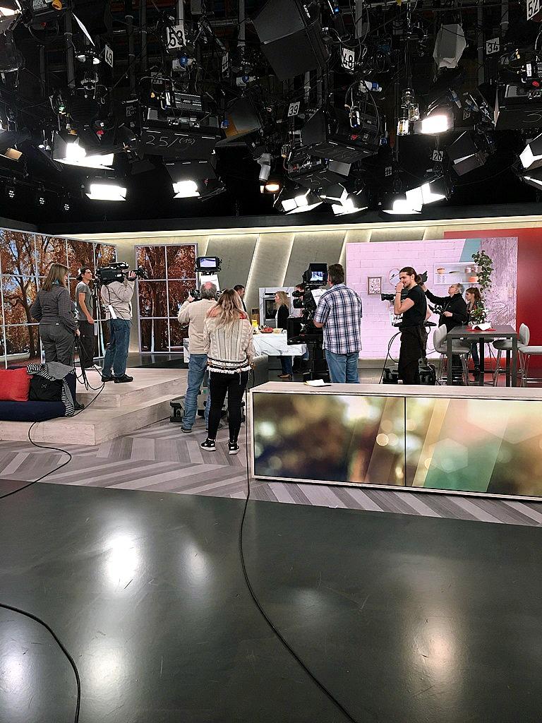 """WDR Sendung """"daheim+unterwegs"""", hinter den Kulissen, im WDR daheim+unterwegs Studio, Frollein Pfau DIY Bloggerin Köln"""
