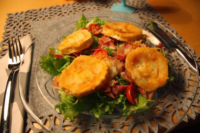 vuohenjuusto-pekonisalaatti vuohenjuusto pekoni salaatti ranska