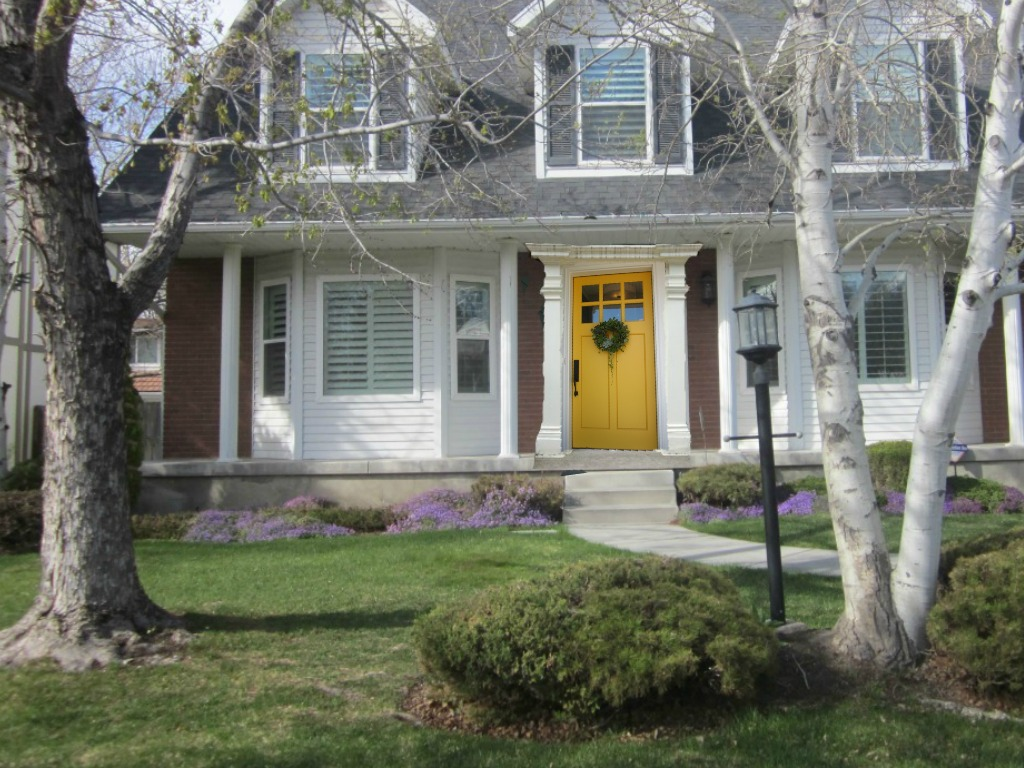 Honey i 39 m home deciding on a color for a front door - Gray house yellow door ...