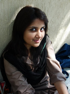 Real desi girl pic. sweet Indian real girl photo