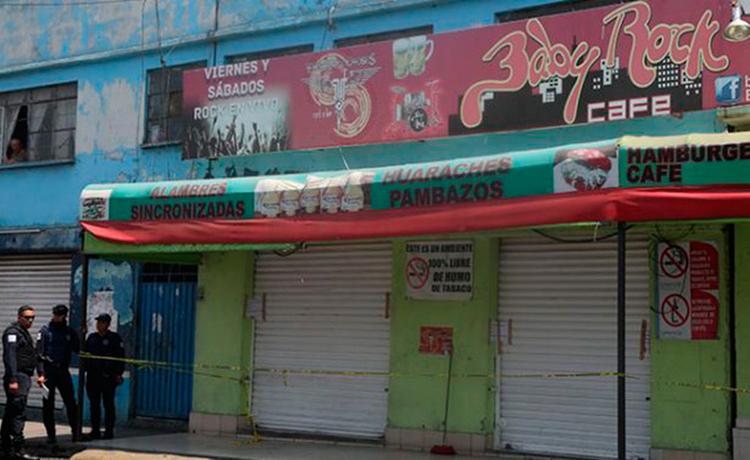 Ejecutan a cuatro mujeres que rechazaron tomarse fotos con sicarios en bar de Neza