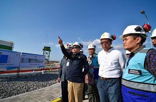Didampingi Gubernur Zul, Menteri ESDM Resmikan 16 Infrastruktur Kelistrikan di NTB-NTT